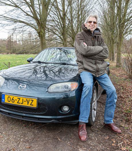 Zelfs in de winter gooit Hans (68) het dak van zijn Mazda open: 'Misschien ben ik enigszins gestoord'
