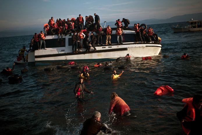 Vluchtelingen op een bootje.