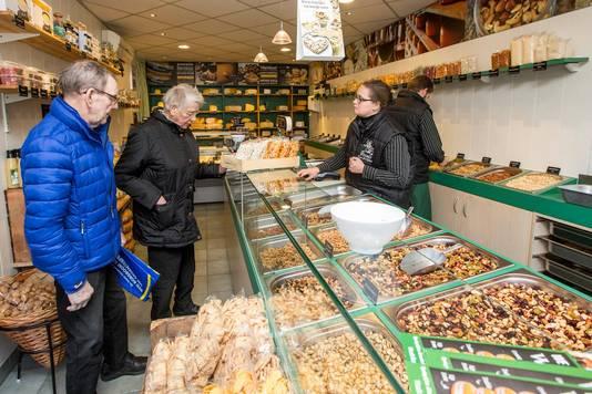 Lokale winkeliers in Den Hoorn zien de komst van de Jumbo als een bedreiging.