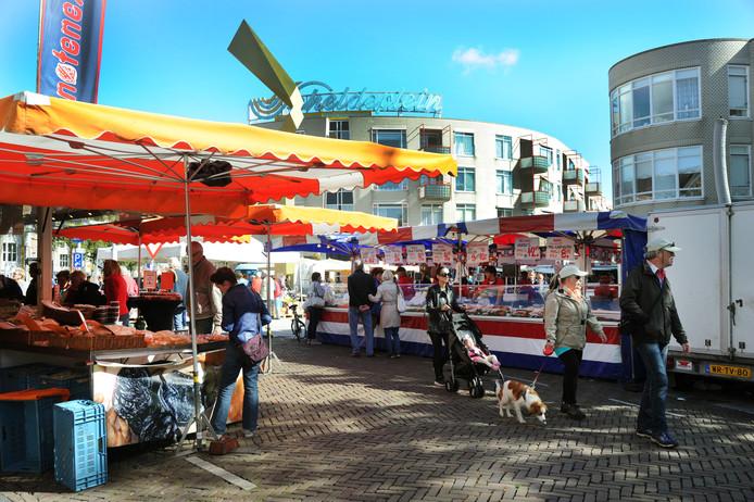Bekend Op de weekmarkt in Vlissingen slaan de stoppen door | Walcheren NU44