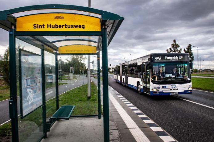 Bus SB58 naar Kleef.