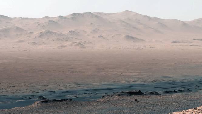 Kippenvel! NASA's verkenner Curiosity maakt prachtige nieuwe beelden van Mars