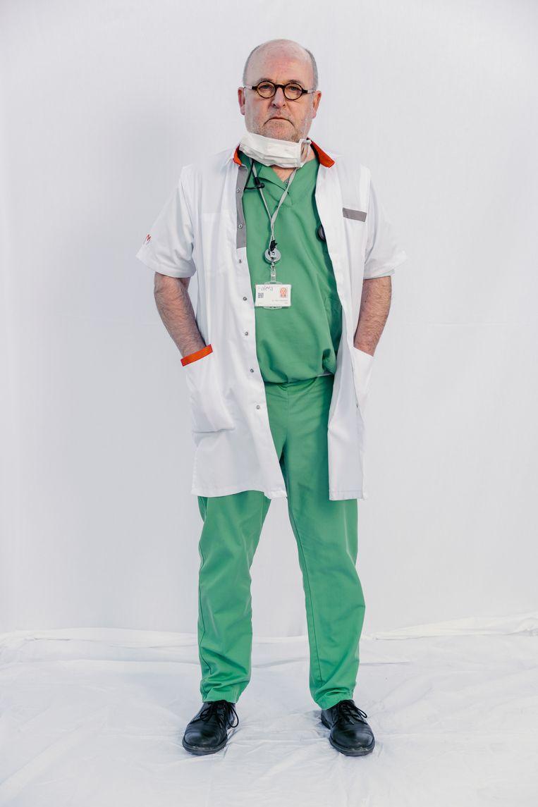Dokter Jonnaert, pneumoloog in het AZ Alma Eeklo. Beeld Damon De Backer