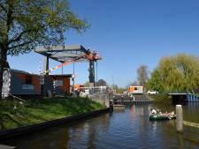 Rozenbrug in Woerden heeft z'n oorspronkelijke kleurtje weer terug