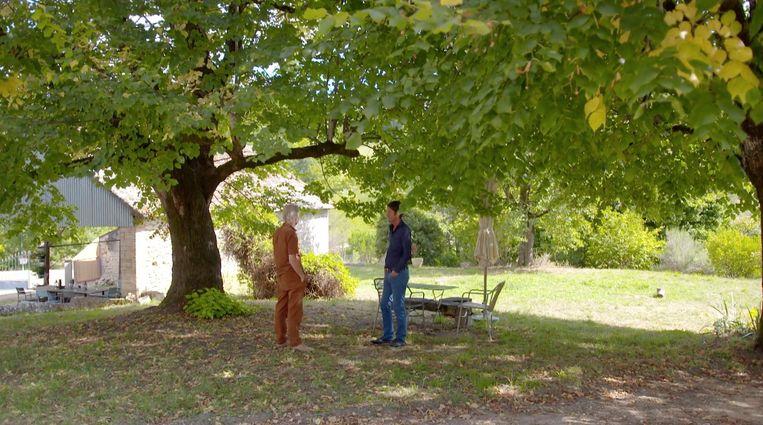 Voor een aflevering van zijn serie 'Volle Zalen' interviewde Cornald Maas Jeroen van Merwijk in en bij zijn huis in Frankrijk.  Beeld