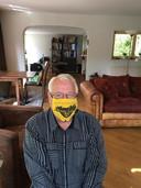 """Gerard Scherpenisse uit Prinsenbeek: """"Het kapje is gemaakt door Gea Scherpenisse. Zij en ik zijn beiden siezoenskaarthouders bij NAC, al sinds 1980."""""""