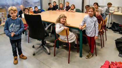 Dak basisschool Heizijde waait weg door storm Dennis: leerlingen vinden hele week onderdak in hoofdschool in centrum