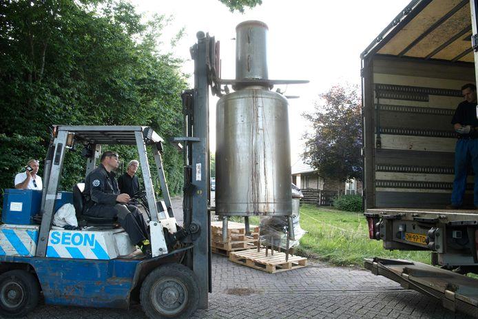 Ontmanteling drugslab in Schuinesloot in 2018.