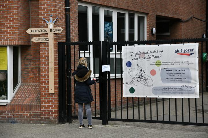 L'école Sint Jozef à Kontich ferme ses portes pour une semaine. Les élèves ainsi que le personnel et leur famille devront se mettre en quarantaine.