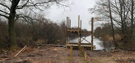 Staatsbosbeheer vervangt oude vogelkijkhut tussen Zwartsluis en Hasselt