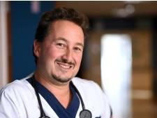 """Contaminé par le Covid-19, le docteur Philippe Devos témoigne: """"C'était difficile"""""""