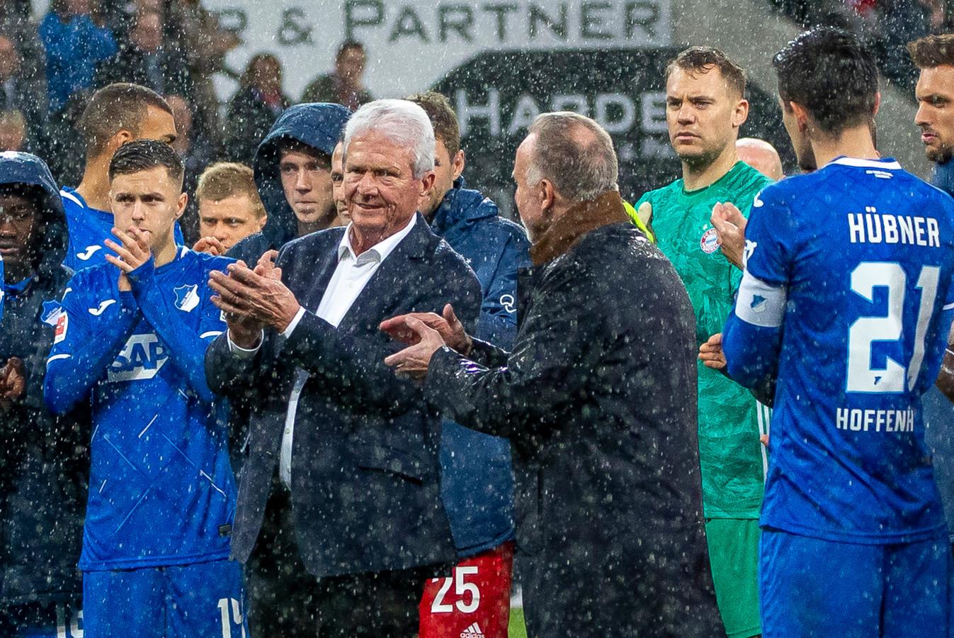 Dietmar Hopp (midden).