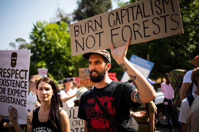 Klimaatactivisten van Extinction Rebellion in Johannesburg, Zuid-Afrika. Beeld EPA