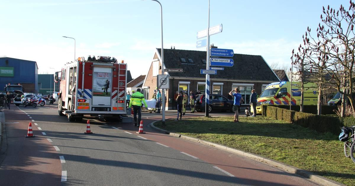 Twee personen gewond bij ernstig ongeval in Wierden: Vriezenveenseweg afgesloten.
