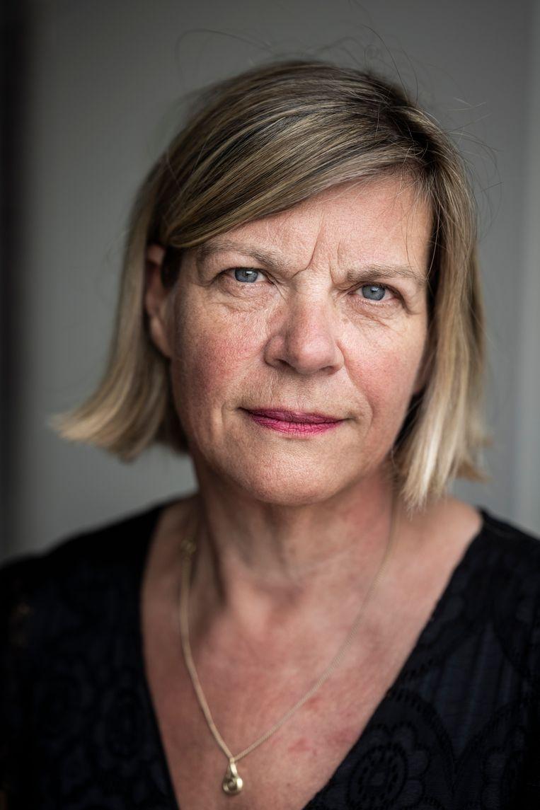 Marjet Veldhuis is geen wappie, maar wel kritisch. 'Veel mensen zitten in dat grijze gebied.'  Beeld Kees van de Veen