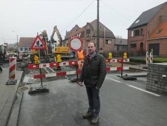 Trager door Deinze: wegversmallingen in verschillende straten