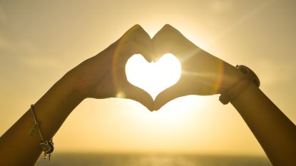 VIRAL3 SPECIAL: Liefde is... samen op je bek gaan