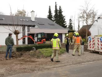 Gasleiding lek geslagen bij werken in voortuin