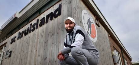 Topscorer aller tijden Ahmed Didi verlaat Kruisland  met een traan: 'Dit is familie geworden'