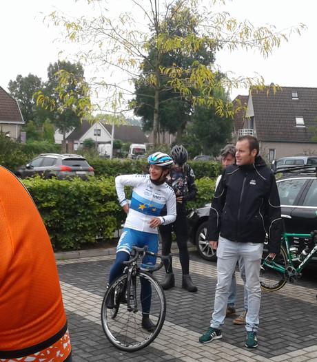 Natuurlijk rijdt Marianne Vos op kop bij trainingsronde in Dussen