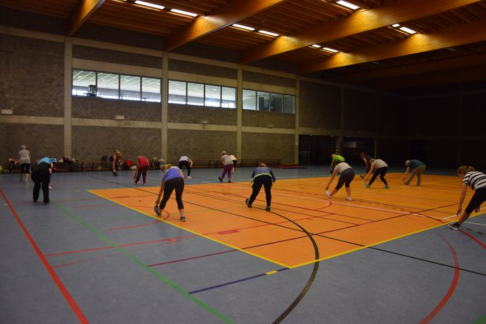 De komende weken kunnen Beerselaars in sportcomplex Vogelenzang in Lot zowel aan hun figuur werken en yoga-oefeningen doen.