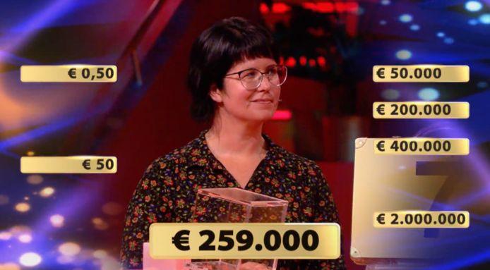 Annemieke in Million Hunt.