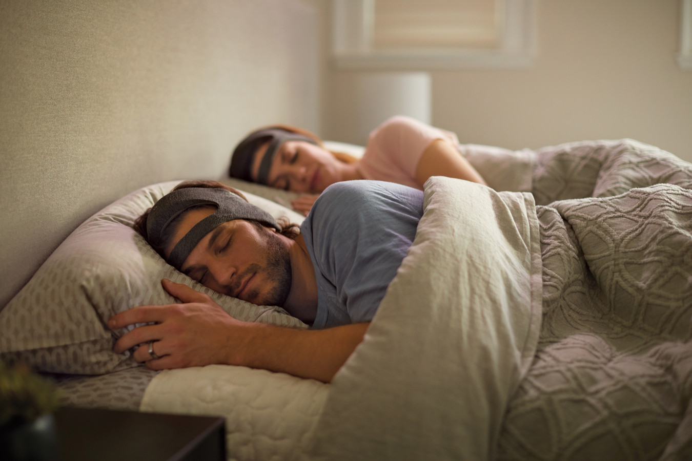 SmartSleep van Philips om de kwaliteit van de diepe slaap te verbeteren voor mensen die onvoldoende slaap krijgen.