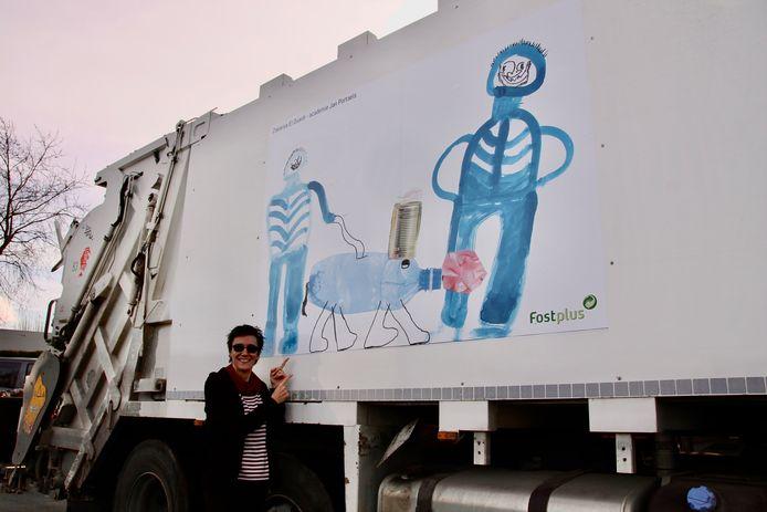 Incovo hield een tekenwedstrijd. Het werk van de winnaars staat op de ophaalwagens.
