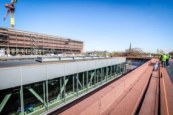 De dakstructuur van het nieuwe Beurs- en Congresgebouw.