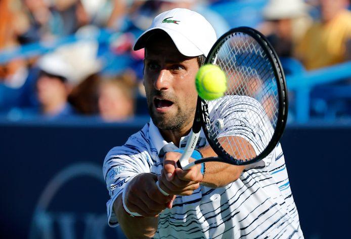 Novak Djokovic is nog in de race voor zijn tweede titel in Cincinnati.
