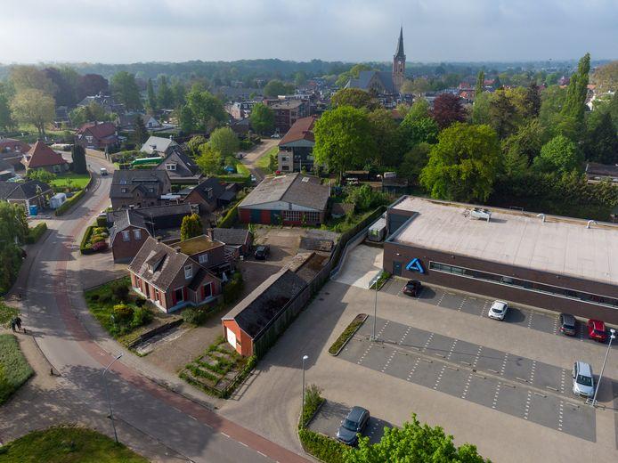 Het bouwplan voor appartementen aan de Soerelseweg in Heerde staat op losse schroeven nu de gemeente niet meewerkt.