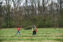 De Tulpenpluk in Berendrecht: leerlingen van Berendrechtse basisscholen plukken tulpen.