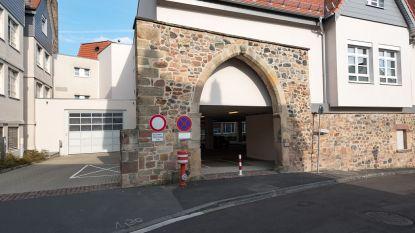 Duitse 'neparts' klungelt erop los: verdacht van dood vier patiënten