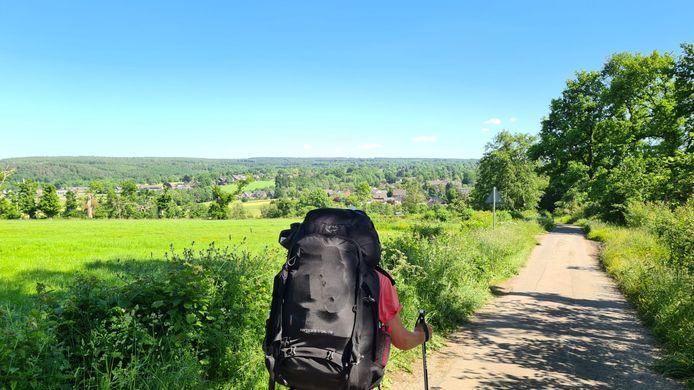 Luuk Weerts, mét 20 kilo op zijn rug, onderweg naar Rome