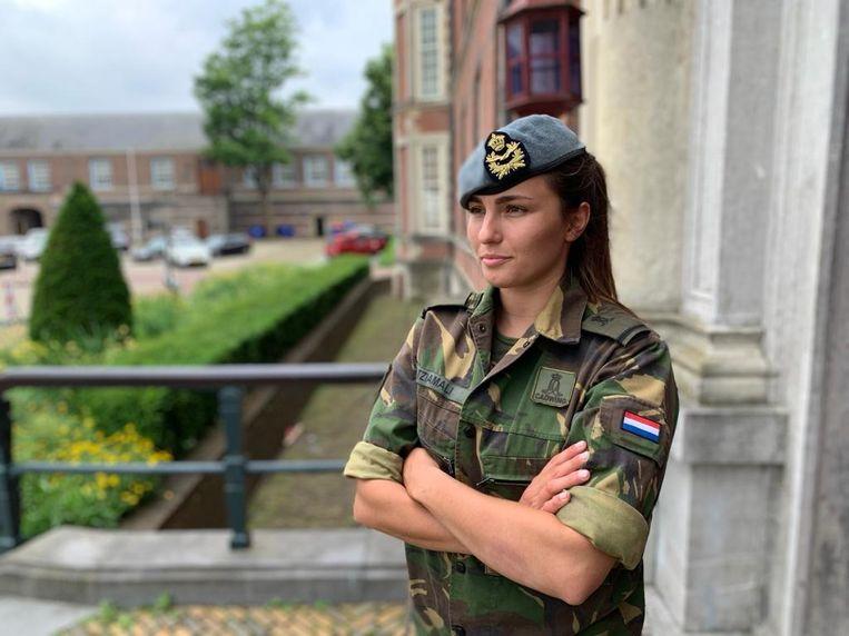 Cadet Irina Tziamali: 'In mijn eerste jaar kwam het niet bij me op om een ouderejaars te vragen wat je moet doen als je ongesteld wordt tijdens een militaire oefening.' Beeld Foto Irina Tziamali