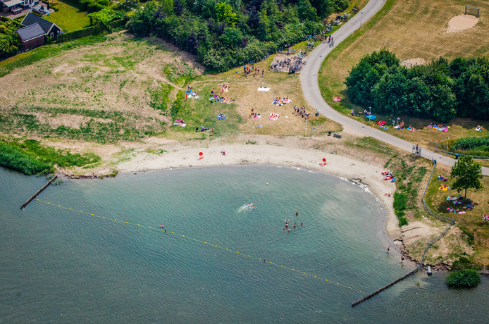 Stranden Nederland; de leukste en mooiste stranden met kinderen per provincie; Oude Tol Oud Beijerland- Mamaliefde.nl