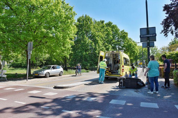Vrouw in scootmobiel aangereden op oversteekplaats in Oisterwijk.