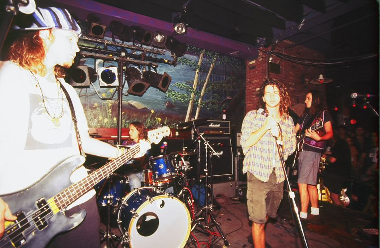 Pearl Jam live aan het werk in 1991. Beeld Getty Images