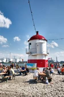 Tof! Stadsstrand in Vlaardingen gaat weer open: 'Wordt het grootste terras van de stad'