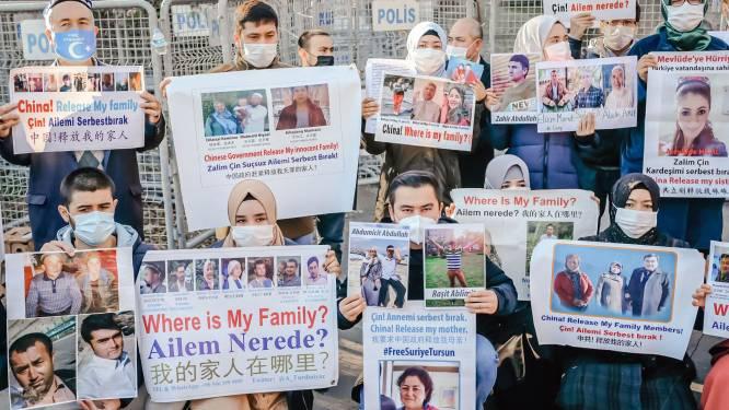 """Peking wil dat België """"fout"""" onmiddellijk rechtzet na resolutie over Oeigoeren"""