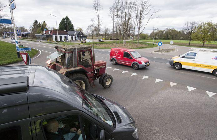 Haarle streeft naar een veilige oversteek over de N35 nabij de kruising met de Stationsweg. Het is nu vooral zaak de hiervoor benodigde miljoenen veilig te stellen.