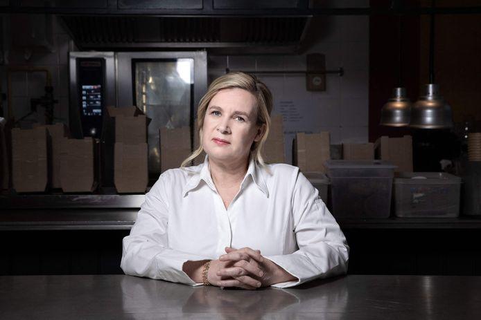 """Hélène Darroze a obtenu cette année une troisième étoile pour son restaurant londonien """"Hélène Darroze at The Connaught"""" et une deuxième pour """"Marsan"""" à Paris."""
