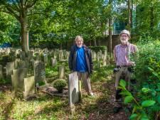 Zoektocht naar nabestaanden van 56 anonieme doden uit de Tweede Wereldoorlog