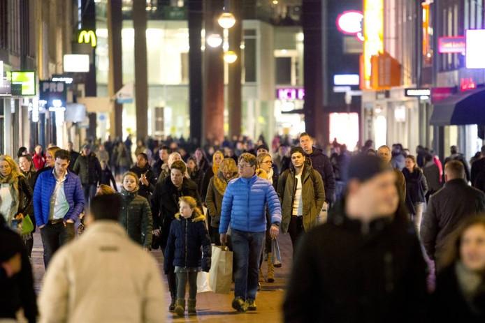 Eindhoven telt nu ruim 223.000 inwoners, dat is te weinig om de ambities van de Brainport- regio waar te maken. Foto René Manders/fotomeulenhof