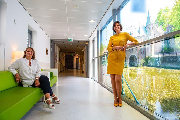 Ellerieke Veenendaal(l) en Astrid Posthouwer in ziekenhuis Meander Medisch Centrum in Amersfoort