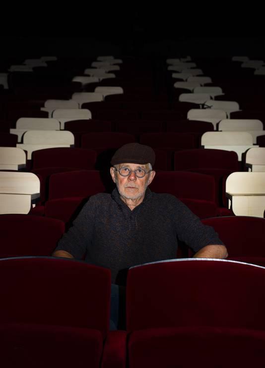 Eddy Haers is een van de gefotografeerde Roosendaalse Helden voor de expositie De Heldenketting in schouwburg De Kring.
