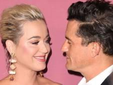 "Katy Perry ""trop serrée"" dans sa robe, Orlando Bloom vole à son secours"
