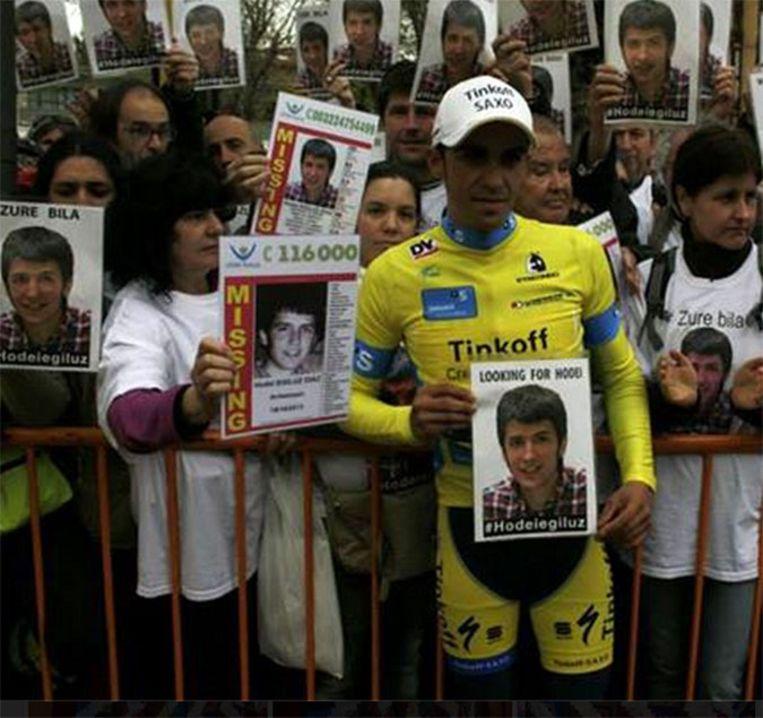 Ook de Spaanse wielerkampioen Alberto Contador vroeg aandacht voor de vermiste Hodei. Beeld Facebook
