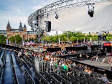 Basketballers beginnen WK 3x3 in Amsterdam met enorme zege