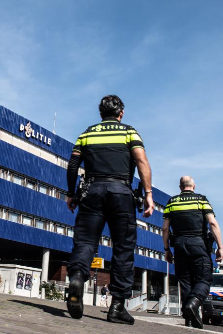Politiebureaus Gelderland-Zuid in weekend op slot: 'Onbegrijpelijke noodgreep'